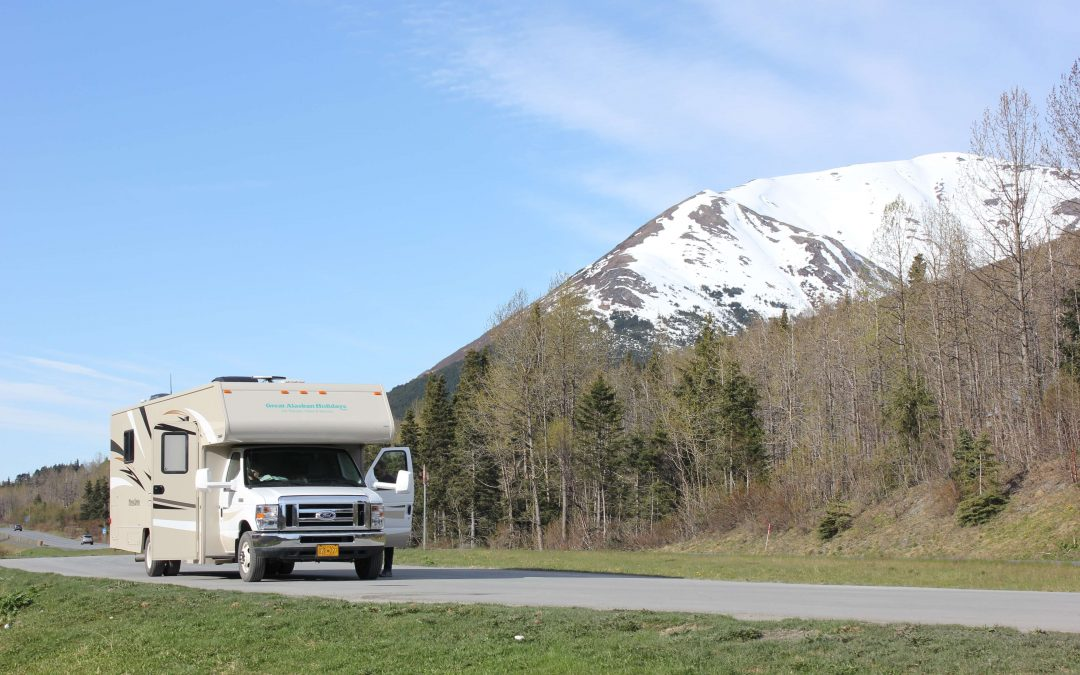 Tips for Drivers Sharing the Road with RVs and Trailers